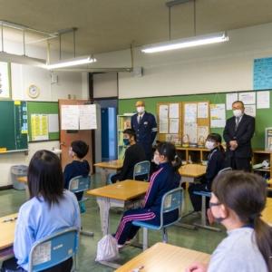 真竜小学校生徒による北竜町内独り暮らし高齢者への「交通安全を願う年賀状づくり」が初めて行われました